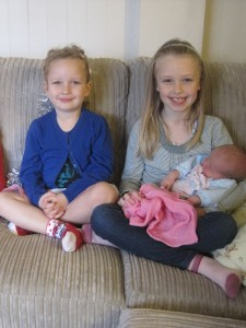 Sophia meets her cousins for the first time